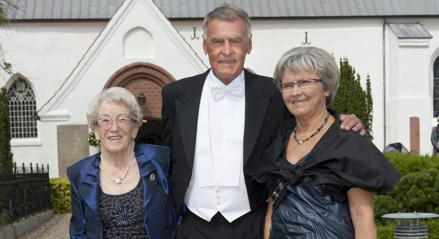 Nr.9: Gunhild Kirk Johansen (til højre) med sin mand Mogens og mor Edith. Foto: Alex Tran