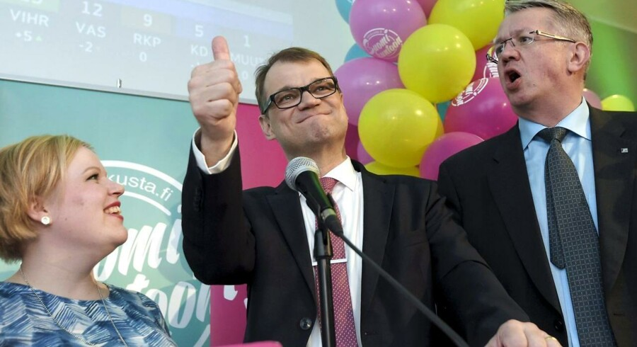 Juha Sipilä genovervejer lige sit tilbud.