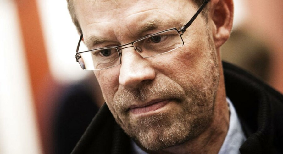 »Regeringen har gjort meget godt for erhvervslivet, men det er langt fra nok. Vi er simpelthen nødt til langt mere grundlæggende at tage et opgør med det høje danske skattetryk samt at erkende, at vi ikke kan holde til at have så mange på overførselsindkomster. Ellers bliver vi overhalet indenom,« siger Lars Peter Søbye. adm. direktør i COWI.
