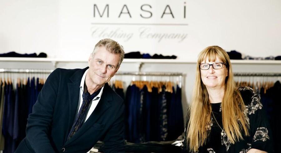 Det er historien om søskendeparratet Nina og Hans Rye, der har skabt tøjmærket Masai. En meget, meget succesfuld forretning. Søskendeparret befinder sig da også på listen over Danmarks 100 rigeste.
