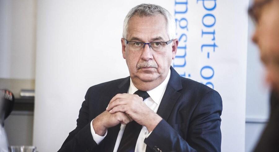 Transport- og bygningsminister Hans Christian Schmidt (V) har ikke ønsket at udtale sig om problemerne i Havarikommissionen.