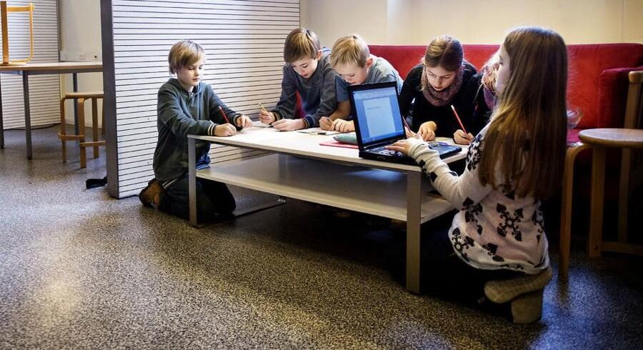 Linus, Emil, Agge, Malika, Olivia og Emilie går i 4.V. De bruger alle Christianshavns Skoles lektiecafe et par gange om ugen.