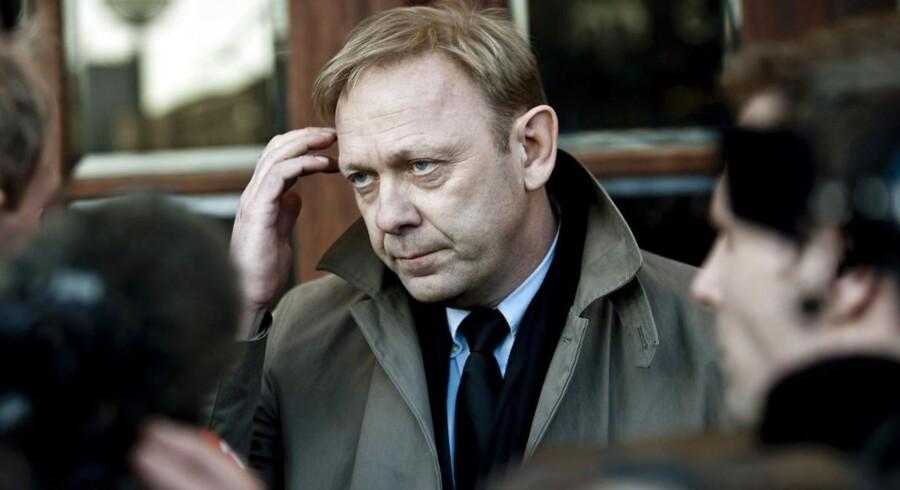 Michael Dyrby fratræder sin stilling som nyhedsdirektør på TV2. Nyhedsdirektøren har opsagt sin stilling på grund af private forhold.