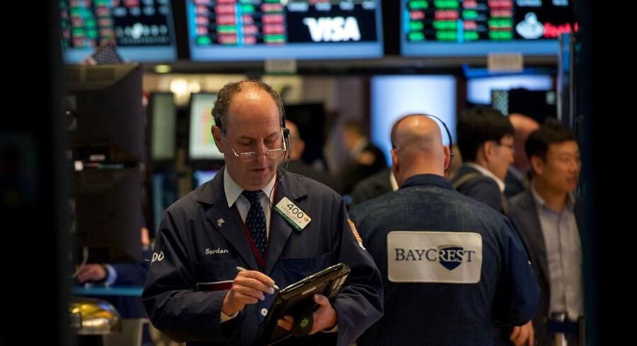 Aktier: Klar rød åbning med GN og FLSmidth som mest faldende. AFP PHOTO / Bryan R. Smith
