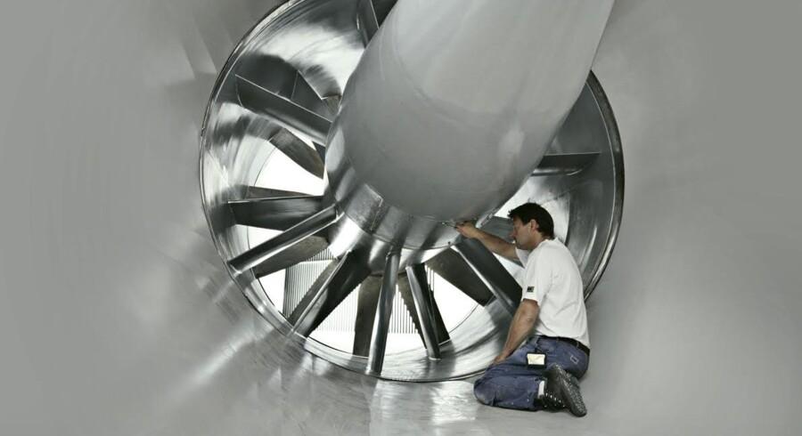 En af Danmarks største underleverandører til vindmølleindustrien, vingeproducenten LM Wind Power, rykker nærmere et salg.