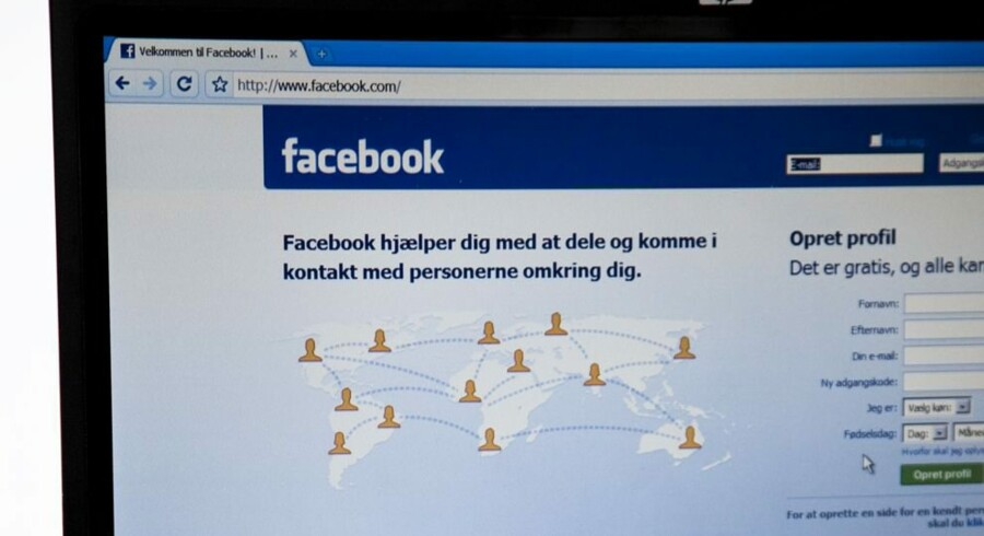 Facebook vil i løbet af sommeren tilbyde brugerne af besked-applikationen Messenger, at de kan skrive krypteret til hinanden, så ingen har mulighed for at snage i samtalen. Free/Www.colourbox.com
