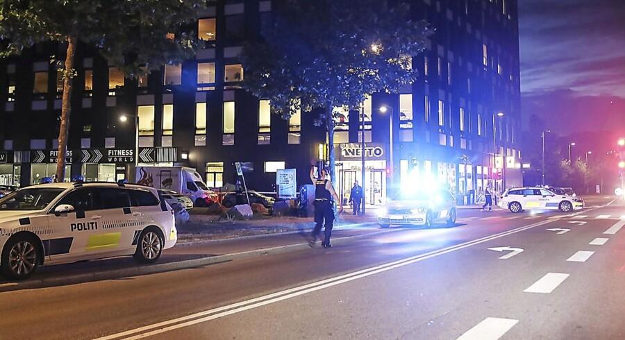 En mand døde af sine kvæstelser, efter han blev ramt af skud på Amagerfælledvej sent tirsdag aften den 19 juni 2018.
