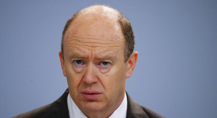 Deutsche Banks topchef, John Cryan, forsikrede forleden, at den kriseramte tyske storbank er bundsolid. Foto: Kai Pfaffenbach/Reuters