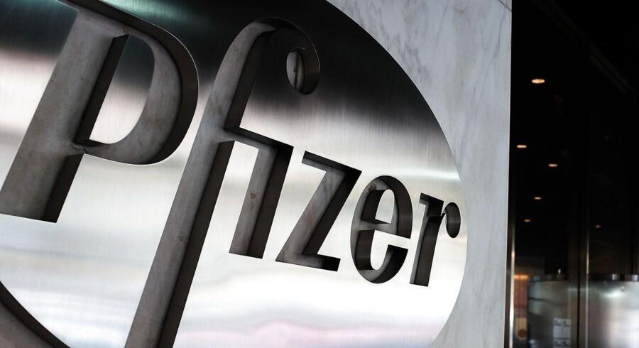 Pfizers topchef, Ian Reed, var torsdag ikke ligefrem undskyldende over for selskabets ønske om en reduktion af skattebetalingen. Han mener således, at de amerikanske selskabsskatter har sat selskabet tilbage i forhold til udenlandske rivaler.