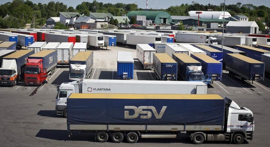 Den schweiziske DSV-konkurrent Panalpina havde fremgang i første kvartal, hvor stigende volumen og indtjening fra luftfragt trækker op i resultatet, der omvendt er presset af et underskud i søfragt.