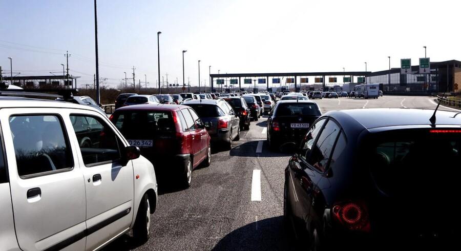 Den øgede trafik på Øresundsbroen fik broens vejindtægter til at stige med 60 millioner kroner til knap 1,3 milliarder kroner sidste år.