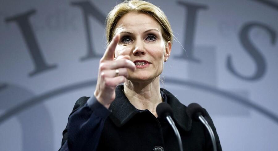 »Der kommer en god løsning i morgen,« sagde Helle Thorning-Schmidt på et pressemøde om betalingsringen i februar 2012.