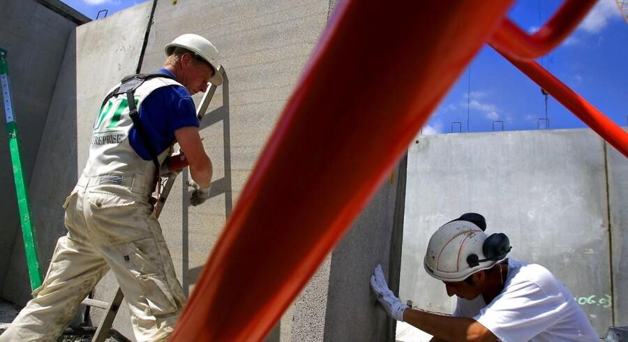 Ny analyse fra Styrelsen for Arbejdsmarked og Rekruttering viser, at stadig flere virksomheder især i byggeriet, oplever problemer med at besætte job.