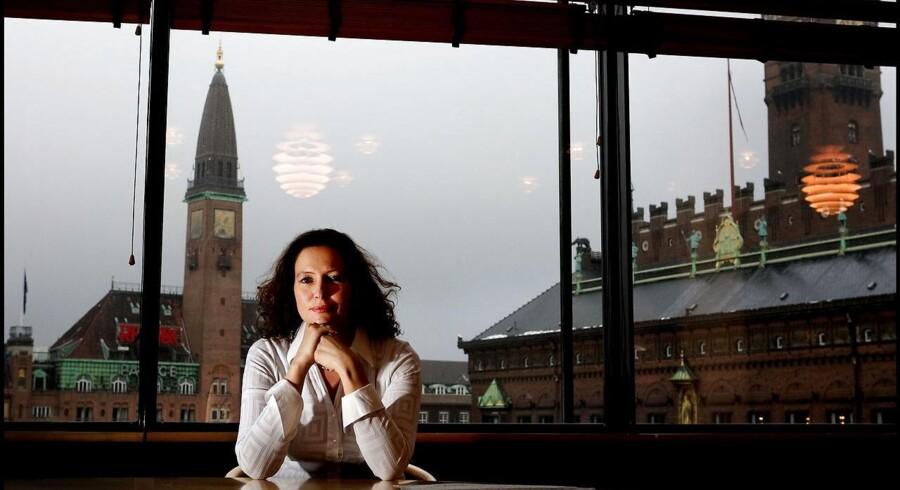 »Man må sige, at det efterhånden er ganske svært at orientere sig i udbuddet af MBA-uddannelser i Danmark. Både for virksomhederne og de enkelte deltagere. Den reelle bekymring er, at det ikke er alle uddannelserne, som udbydes på et universitet og under ens kvalitetskontrol,« siger Charlotte Rønhof, underdirektør i Dansk Industri.