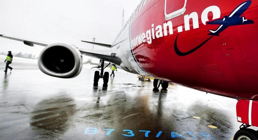 Arkivfoto. Flere hundrede flypassagerer må mandag sidde i busser mellem hovedstaden og Nordjylland i stedet for den hurtige tur gennem luften.