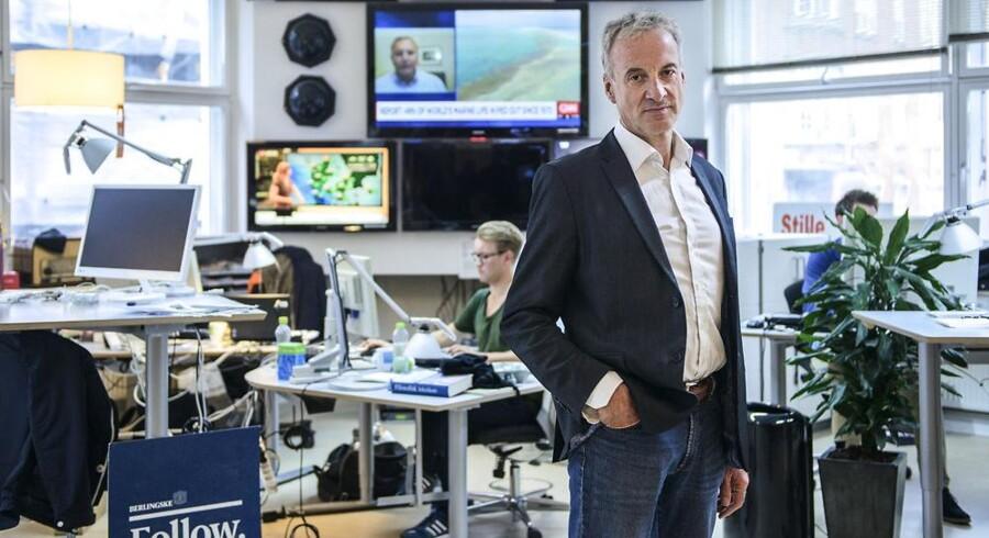 »Man kan med rette spørge, om dansk erhvervsliv har de rette ledere, når fire ud af ti topchefer ser ud til at være blevet overrasket over, at nye, smartere, mere effektive og frem for alt mere digitalt funderede konkurrenter presser sig ind på deres traditionelle kerneområder. Ikke i morgen, ikke om tre, fem eller ti år, men her og nu.«