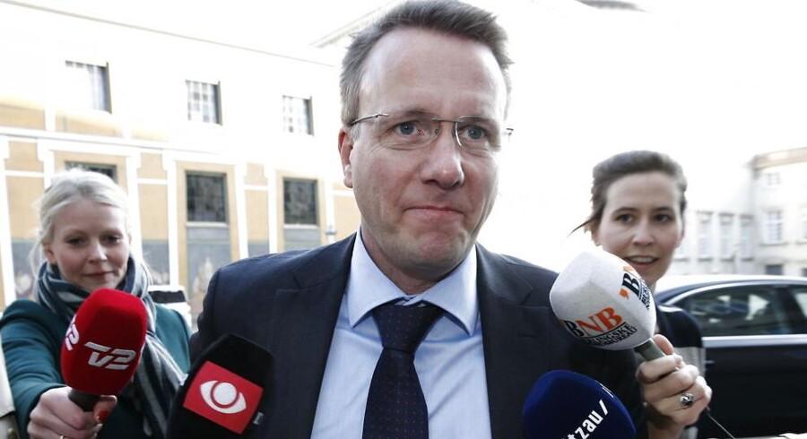 Justitsminister Morten Bødskov (S) vil angiveligt lade ombudsmanden vurdere udskældt lov om tre år.