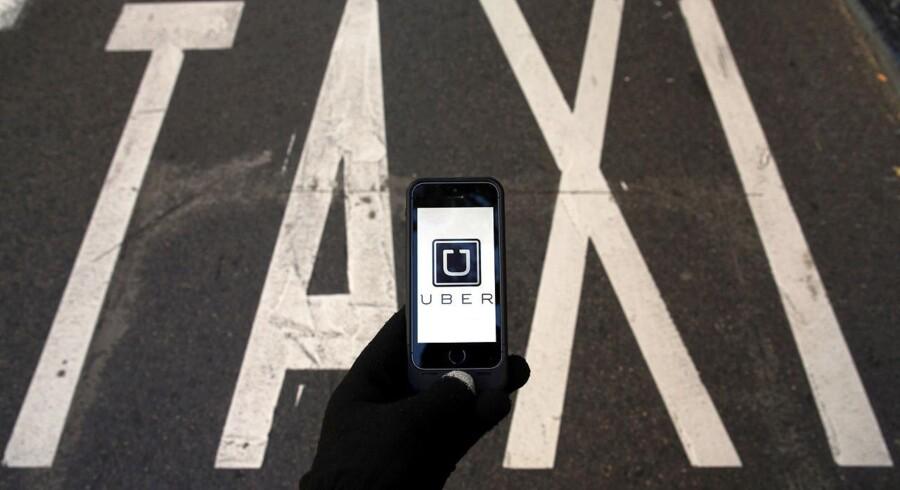 """Uber er glad for, at EU-Kommissionen opfordrer til at fjerne """"unødvendige restriktioner"""" for deleøkonomi."""