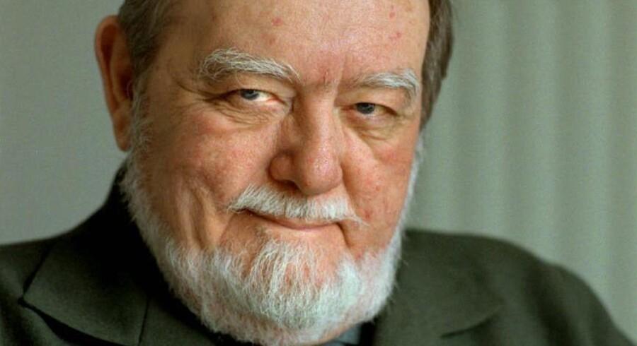 Erik Balling var en flittig instruktør for Nordisk Film. Blandt hans helt store succeser var »Olsen-banden«-filmene, »Matador«-serien og TV-serien »Huset på Christianshavn«.