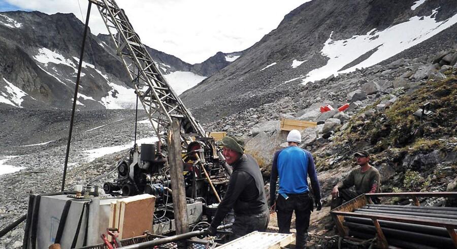 Nunaminerals fører i øjeblikket forhandlinger med det britiske selskab Greenland Mining Management, som er interesseret i at overtage det kriseramte mineselskab.
