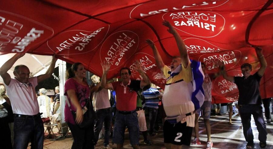 Syriza skal ud og finde koalitionspartnere for at danne regering.