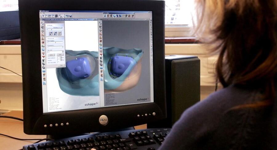 Arkivfoto. Produktion af høreapperater på virksomheden Widex.