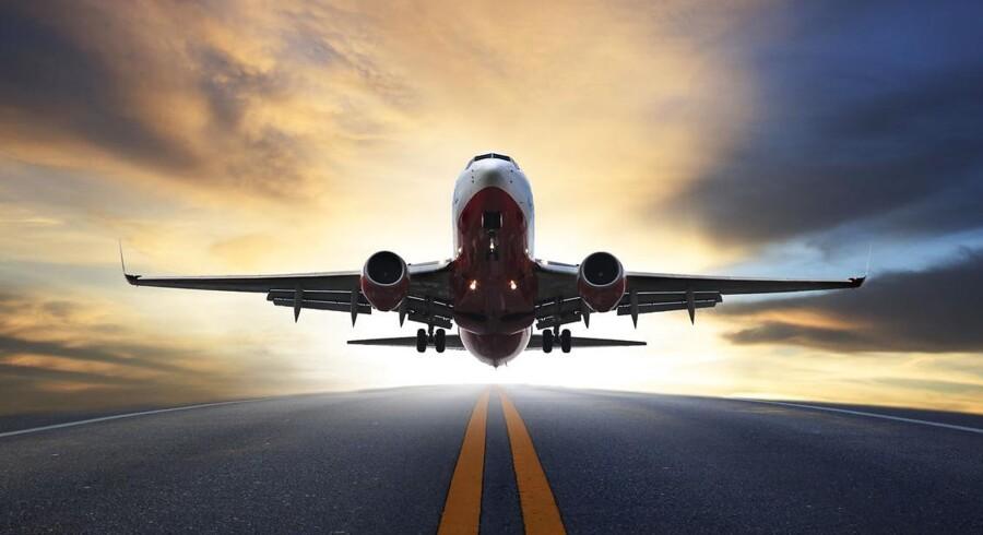 To rejsebureauer skal betale erstatning til to forbrugere, der havde købt flybilletter, som ikke kunne bruges, fordi flyselskabet gik konkurs. Det har Forbrugerklagenævnet afgjort.
