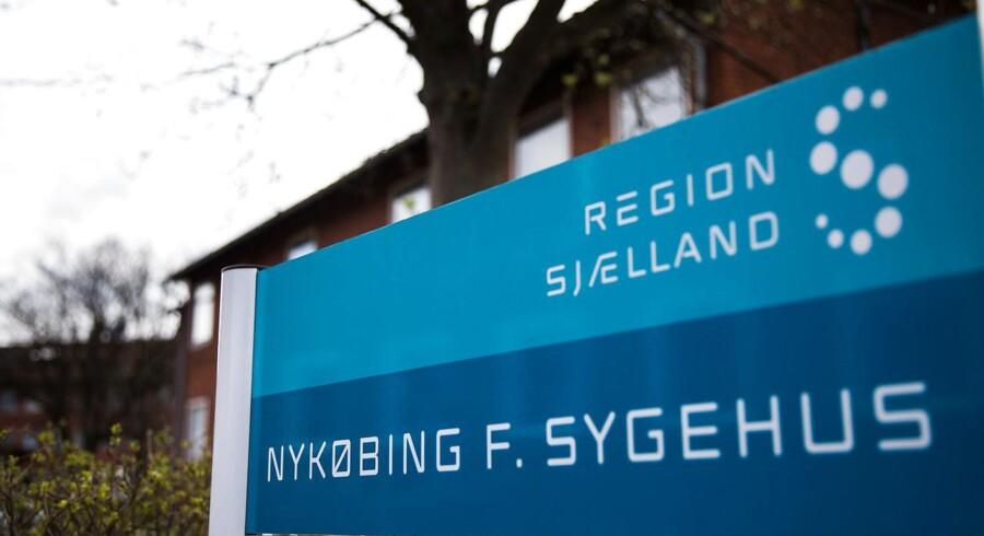 Behandling i det danske sundhedsvæsen er som udgangspunkt for personer med bopæl i landet.