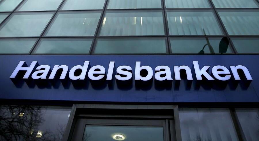 En af Sveriges største banker, Handelsbanken, tjente flere penge end forudset i tredje kvartal takket være lave nedskrivninger. REUTERS/Phil Noble/Files
