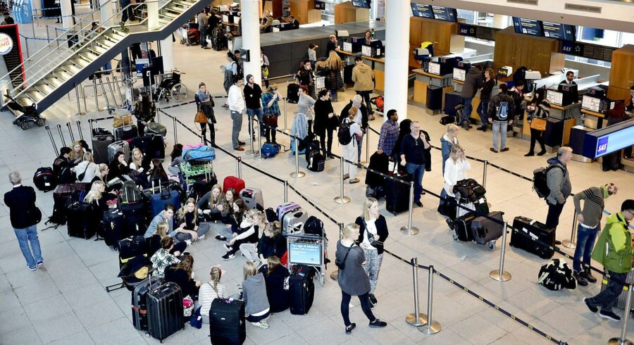Arkivfoto: Flere aflyste fly og forsinkelser i danske lufthavne såvel som andre steder i Europa på grund af sne og uvejr.