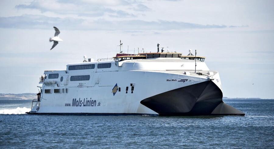 Mols-linien færge afgang og ankomst fra Aarhus Havn.