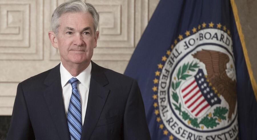 Der er udsigt til mindre kursfald på det amerikanske aktiemarked tirsdag, hvor fokus er rettet mod den nye amerikanske centralbankchef, Jerome Powell, der skal tale i Kongressen.