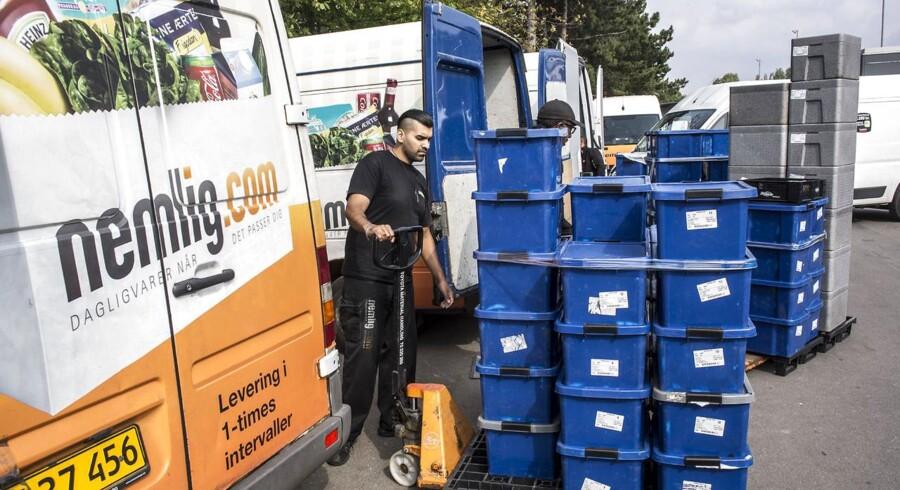 Nemlig.com, der sælger fødevarer over nettet og leverer til døren, er en af de virksomheder, der gør konkurrencen hårdere for de traditionelle supermarkeder. FOTO: Niels Ahlmann Olesen/Scanpix
