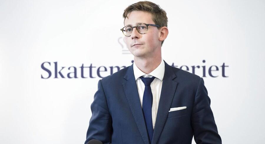 Skatteminister Karsten Lauritzen (V) opfordrer DR til at udlevere papirerne i Panama-lækagen, hvor 11,5 millioner dokumenter afslører skatteunddragere. (Foto: Jens Nørgaard Larsen/Scanpix 2016)
