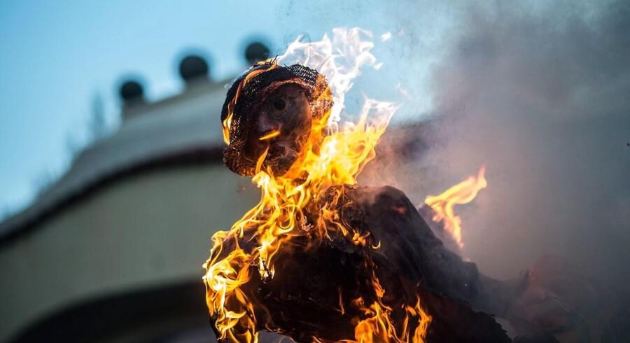 Er det feminisme eller det modsatte, når man brænder hekse af på sankthansaften?