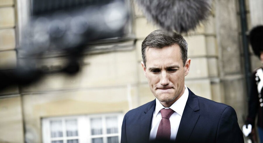 »Rasmus Jarlov er ikke den skarpeste kniv i skuffen,« skrev journalist og politisk kommentator David Trads på Twitter, da Jarlov blev udnævnt til erhvervsminister. Det har nu fået den nye konservative minister til at reagere.