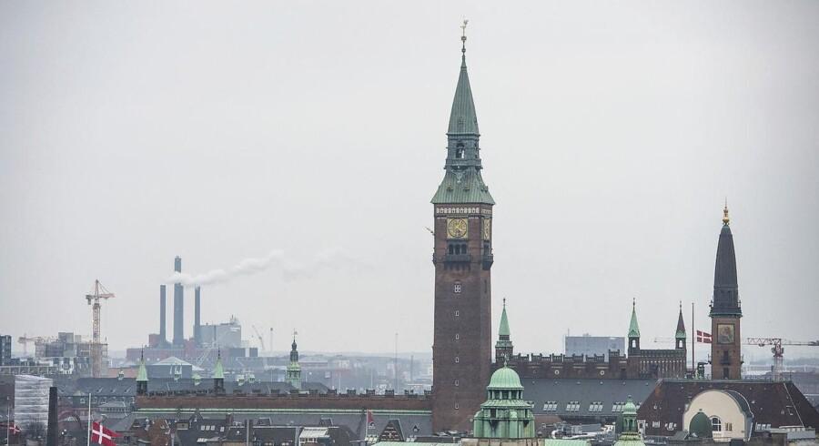De 27 mistænkte er eller har været ansat i en række offentlige myndigheder og virksomheder, blandt andet Københavns Kommune. (Arkivbillede)