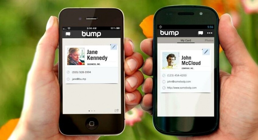 Internetgiganten Google har købt IT-iværksættervirksomheden Bump, der gør det muligt at overføre filer ved at »bumpe« mobiler mod hinanden. Skærmdump: Bu.mp