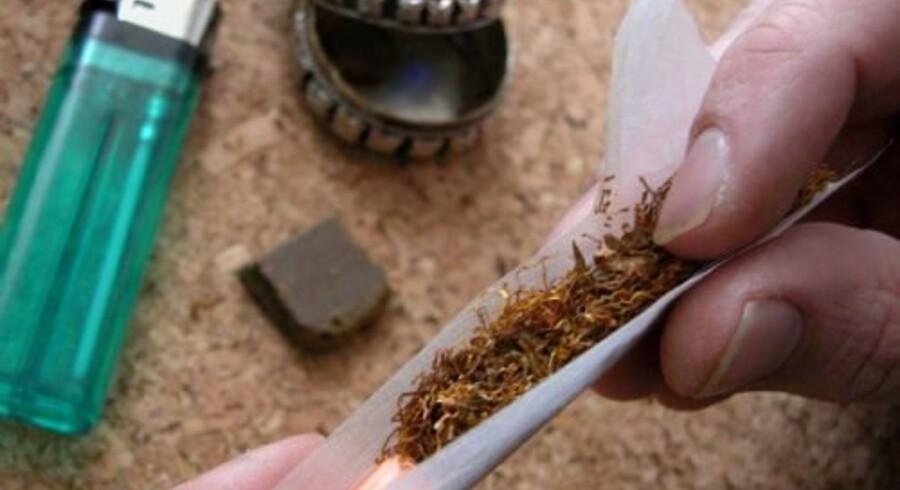 Legalisering af hash er ikke vejen frem. Men det er en mere målrettet behandling af unge misbrugere, mener misbrugskonsulent Christopher Schmitz. Free/Colourbox