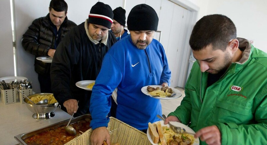 Mindst 400 flygtninge på de danske asylcentre har en baggrund som ingeniør, viser en rundringning, som Ingeniøren har gennemført. (Arkivfoto. Asylcenter på Jegindø)