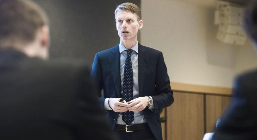 Adm. direktør i DONG Eneryg, Henrik Poulsen, må efter alt at dømme børsnotere selskabet med et af danmarkshistoriens største søgsmål på bøgerne.