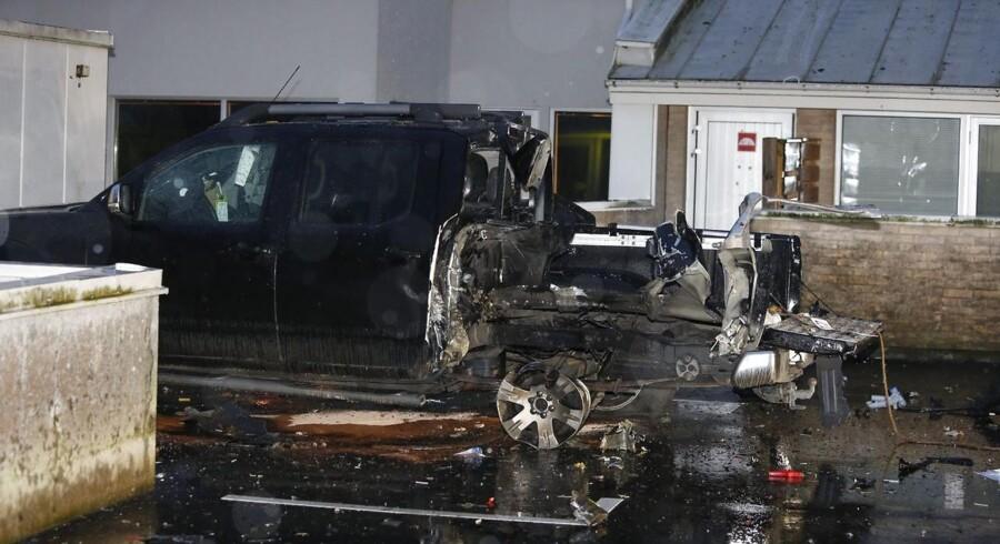ARKIVFOTO. Den svenske by Malmø blev tidligt lørdag morgen d. 20. december 2014 nok engang ramt af to kraftige eksplosioner. I bydelen Rosengård eksploderede en bilbombe, og en times tid efter indtraf endnu en eksplosion i et lokale kun 100 meter fra den første. Politiet blev alarmeret klokken 03.30, umiddelbart efter, at Rosengård har genlydt af kraftige eksplosioner.