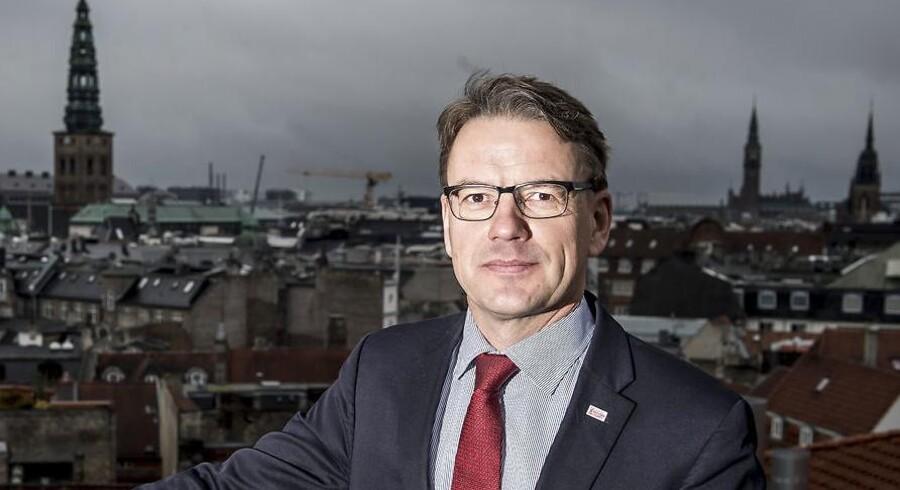 Ifølge generalsekretæren i Dansk Flygtningehjælp, Christian Friis Bach, er det et skridt i den helt forkerte retning, at USA nu trækker sig fra FN's Menneskerettighedsråd.