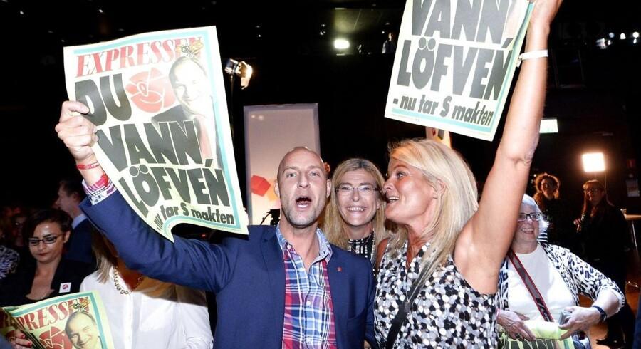 Sverige skal have ny regering. Den borgerlige regering træder tilbage efter søndagens riksdagsvalg, hvor der primært var fremgang til Socialdemokraterne og til det indvandrerkritiske Sverigedemokraterna.