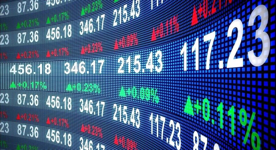 Stockfoto: De amerikanske investorer genoptog til dels »Trump-handlen« torsdag på Wall Street, men S&P og Dow Jones sluttede fladt, efter at tidligere FBI-direktør James Comey i en senatshøring vurderede, at præsident Donald Trump fyrede ham for at undergrave den igangværende undersøgelse af russisk indblanding i sidste års amerikanske valg.