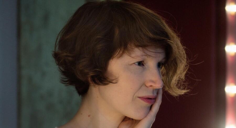 Kirstine Reffstrup er aktuel med romanen »Jeg, Unica« om kunstnerparret Hans Bellmer og Unica Zürn.