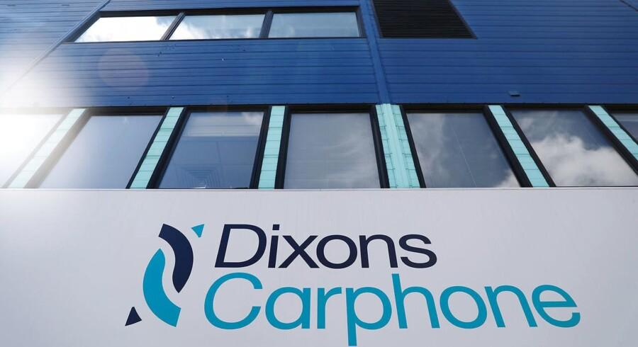 Dixons Carphone, som ejer Elgiganten i Danmark, er løbet ind i en gigantisk øretæve på den britiske børs.
