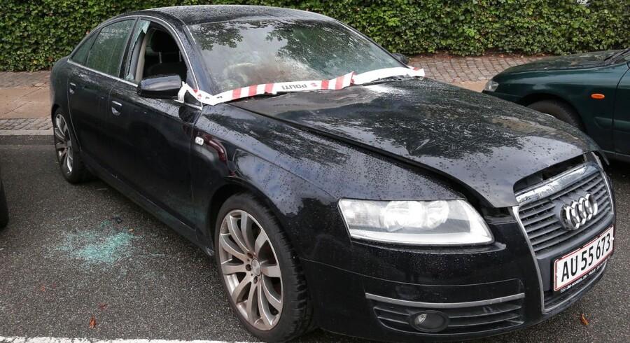 Den seneste tid er flere biler blevet sat i brand i hovedstaden. Her ses en Audi i Baldersgade på Nørrebro, man har forsøgt at brænde af 23. august 2016.