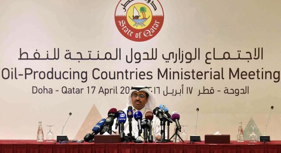 Det danske obligationsmarked er ikke åbnet med det dyk, som var ventet i lyset af det ufrugtbare oliemøde i Doha i weekenden.