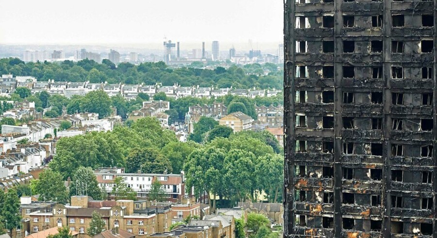 En fransk producent leverede brandbare paneler til en istandsættelse af højhuset Grenfell Tower, som brændte 14. juni i London. Branden har kostet mindst 79 mennesker livet.